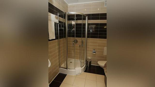 Penampakan Kamar mandi di hotel ForRestMix
