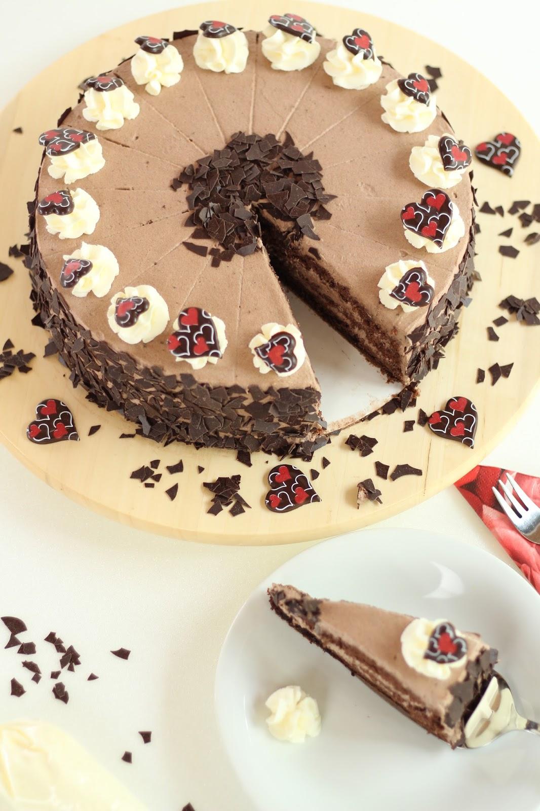 Wie wäre es mit einer leckeren Schoko-Sahne-Torte zum Geburtstag?