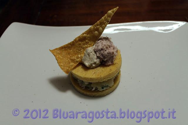 polenta e baccalà con due mousse e chips di polenta