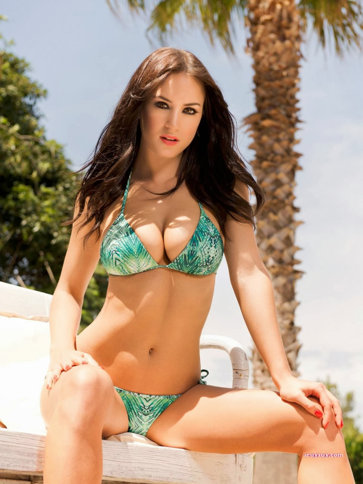 Cleavage Leah Renee Cudmore nude (51 images) Fappening, YouTube, in bikini
