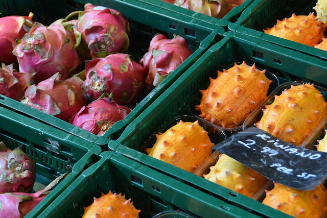 Markthal Rotterdam tropical fruit