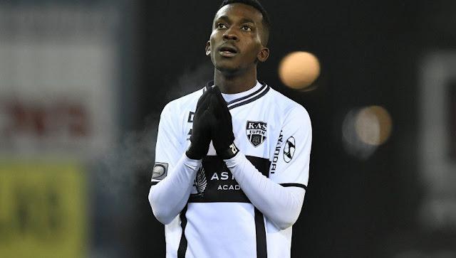 Everton Signs 20-Year Old Nigerian Striker Henry Onyekuru