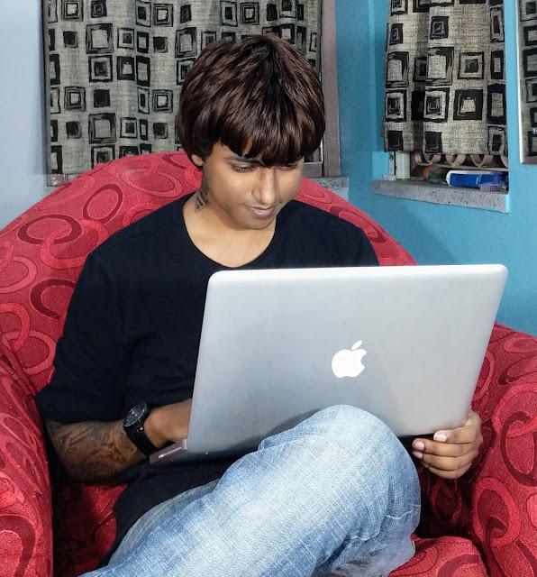 Sourajit Saha With Macbook Pro 6