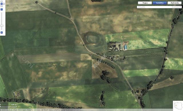 Wczesnośredniowieczne grodzisko pierścieniowate we wsi Brzoza - zdjęcie satelitarne z portalu zumi