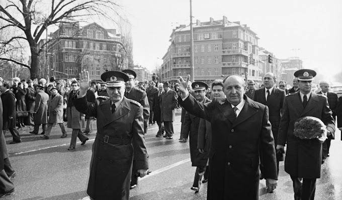Тодор Живков удря шамар на турския премиер през 1978 г. в Одрин