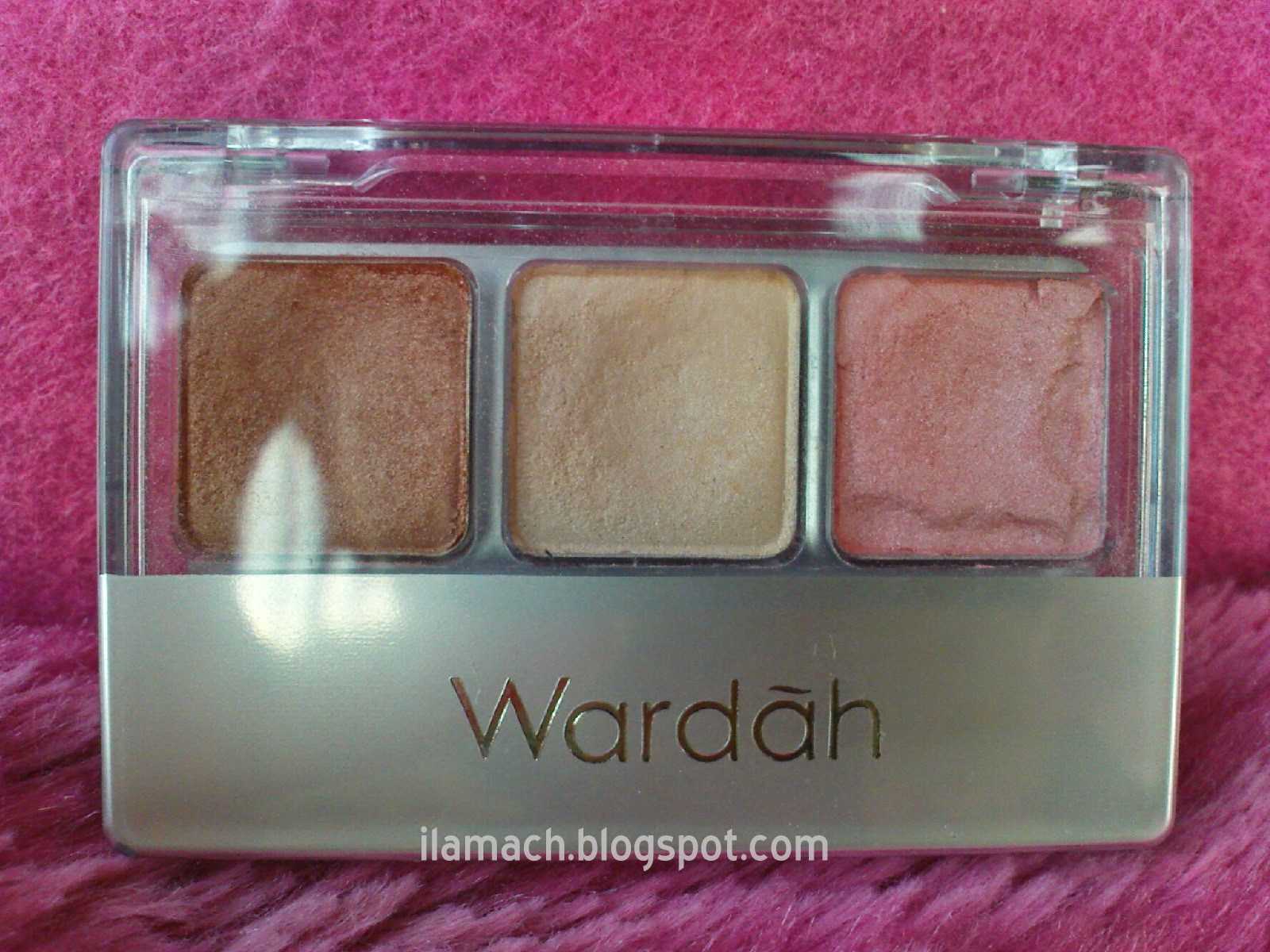 Ilamach Corner: Wardah Eye Shadow Seri I