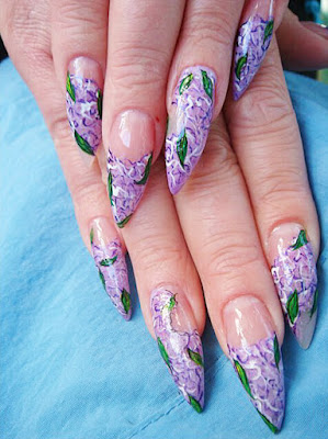 Uñas Lilas