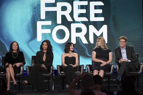 PLL Lucy Hale, Sasha Pieterse, Shay Mitchell, Marlene King & Oliver Goldstick at TCA Winter Press Tour 2017