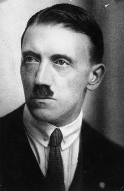 معلومات تثبت أن هتلر من أسوء و أغرب الأشخاص في التاريخ