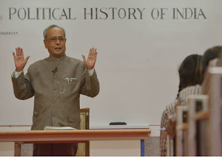 Former President Pranab Mukherjee Become Teacher,Pranab Mukherjee in iim