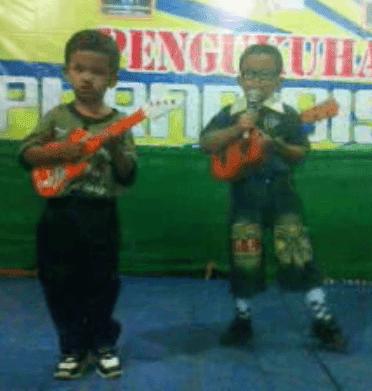 Bagaimana Melatih Anak Agar Bisa Bernyanyi