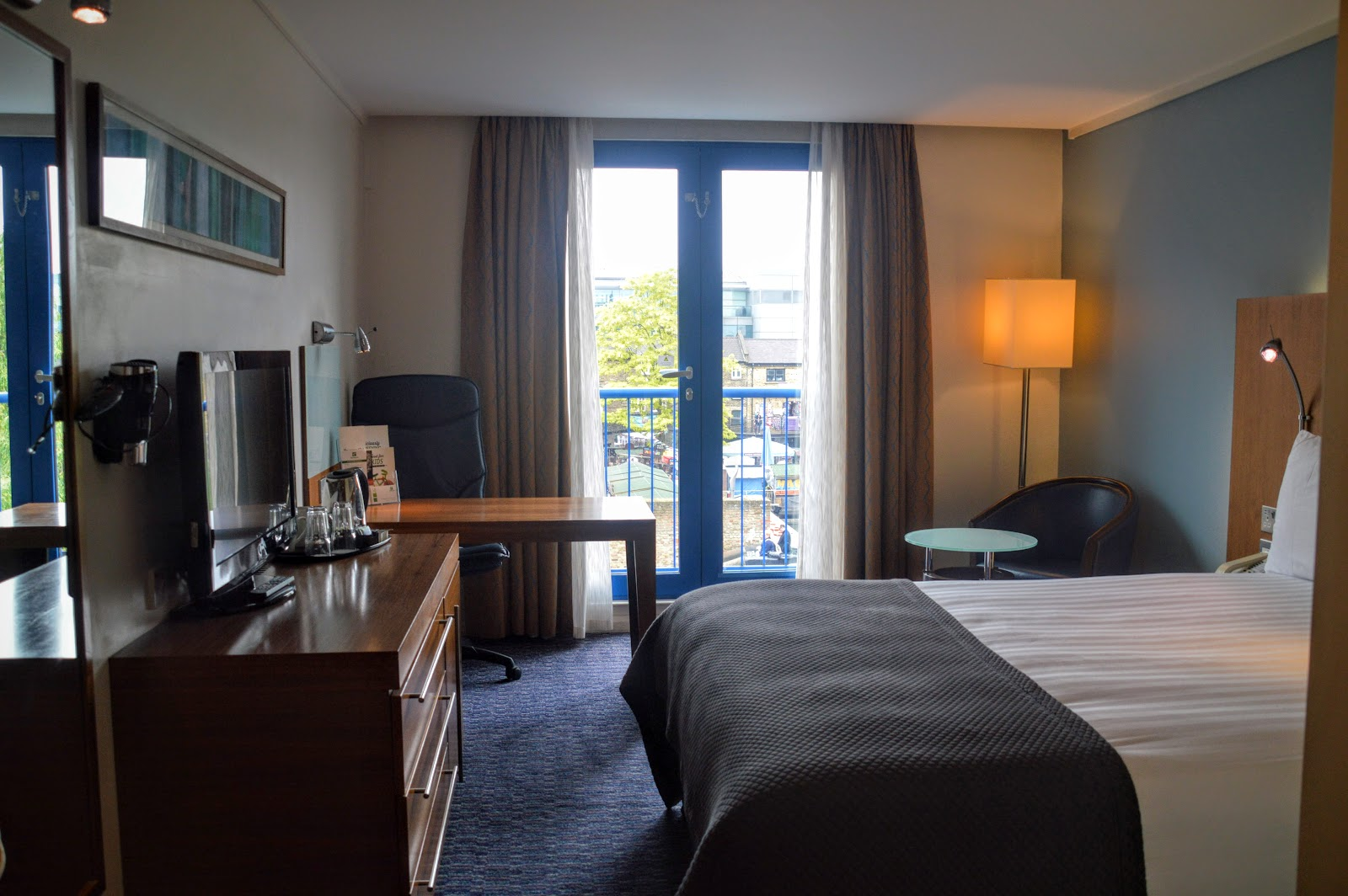 , A Weekend Stay in Camden Town, Holiday Inn, Camden Lock
