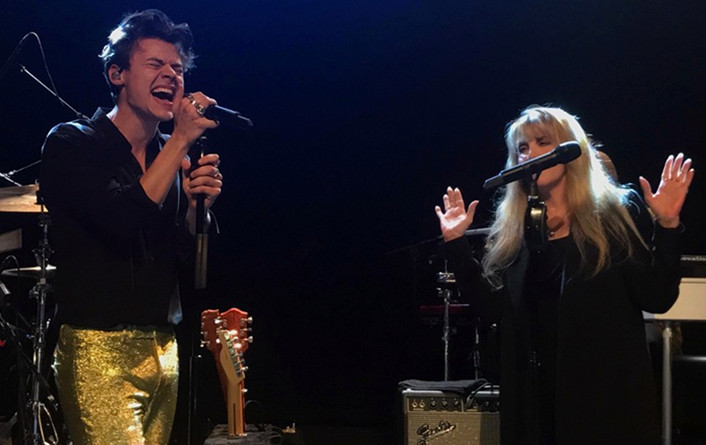 Harry Styles Performs With One of His Musical Heroes