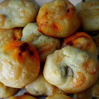 Buñuelos de aceitunas y chorizo