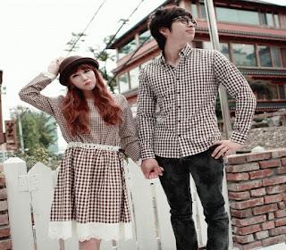 Baju Couple Kemeja Keren Buat Kencan Kamu Semakin Romantis