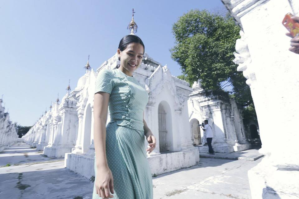 Beautiful Aye Myat Thu in Wonderful Myanmar Dress
