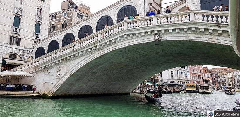 Ponte Rialto - Diário de Bordo - 1 dia em Veneza