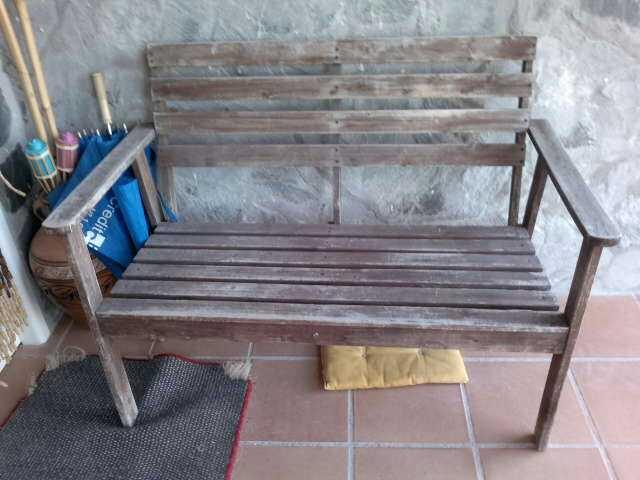 Antes de reciclar y redecorar un banco de jardín