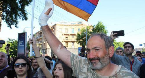 Líder opositor promete organizar la mayor protesta en Armenia
