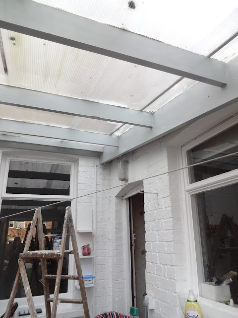 grey beams in conservatory