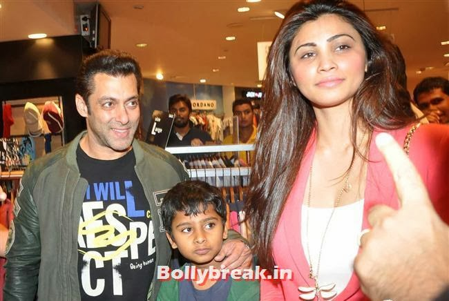 Salman Khan and Daisy Shah, Salman Visits Being Human Store with his Girls - Daisy, Sana & Sangeeta