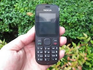 Hape Seken Nokia 100 Mulus Normal