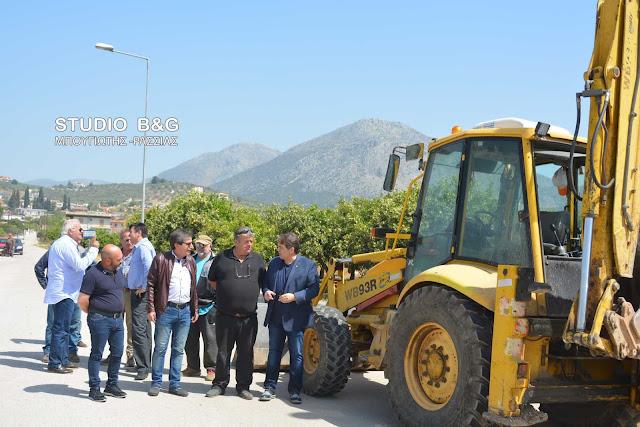 Ο Καμπόσος στην έναρξη εργασιών του έργου ύδρευσης Μυκηνών-Φιχτίων-Μοναστηρακίου και των γύρω οικισμών.
