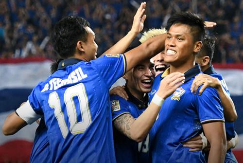 Thái Lan thắng chung cuộc 2-0 Indonesia ở chung kết lượt về.