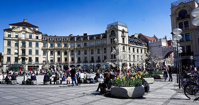 Karlsplatz-Stachus