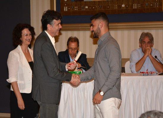 Ο Υφυπουργός Παιδείας Δημήτρης Μπαξεβανάκης σε ημερίδα  για τη μαθητεία στο Άργος