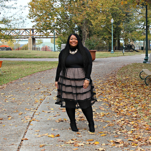 Bee & Pep Take On Fall Trends: Lace