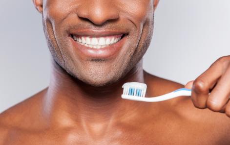 Penyebab Bau Mulut Menggunakan Pasta Gigi ini