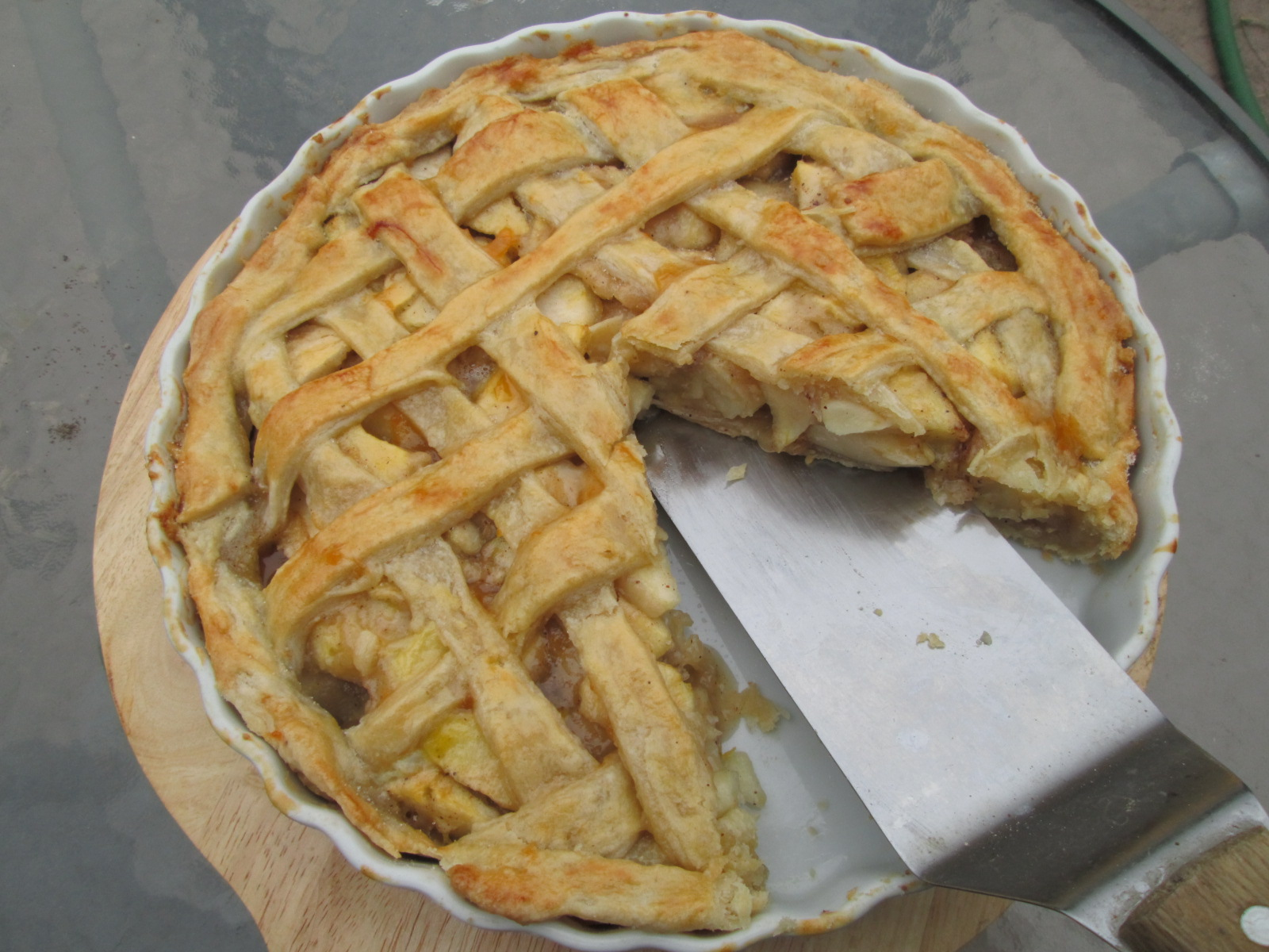 Canela kitchen : Old-fashioned Lattice-Top Apple Pie ( Tarta de ...