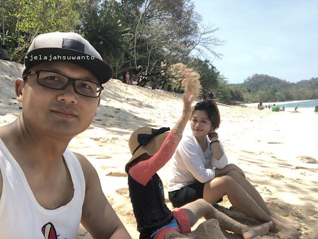 menikmati Pantai Pal Marinsow, Likupang Timur  | ©jelajahsuwanto