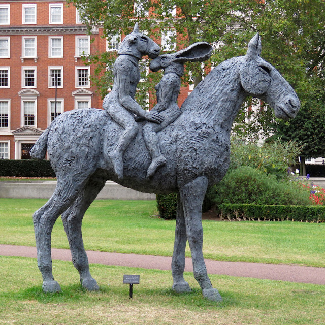 Lovers on Horseback by Sophie Ryder, Grosvenor Square, Mayfair, London