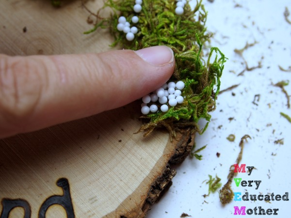 Adding Moss and Snow to Ornaments