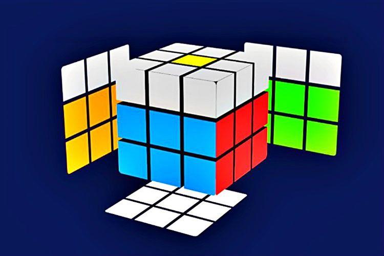 Bu aşamada küpün orta katmanının geri kalanını çözmeniz gerekecektir, böylelikle dış blokları ortada birleştirebilirsiniz.