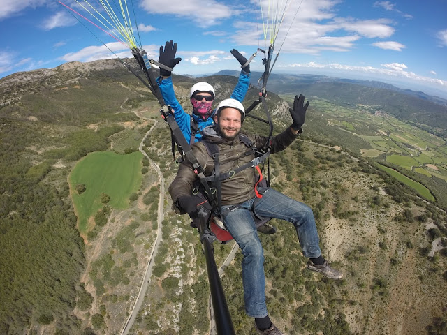 Ager paragliding, Catalonia