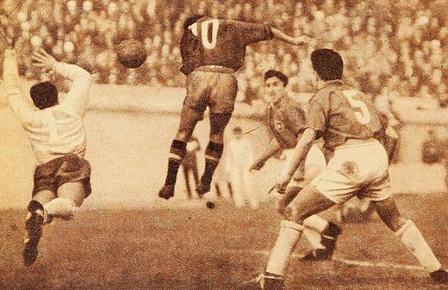 Chile y España en partido amistoso, 12 de julio de 1953