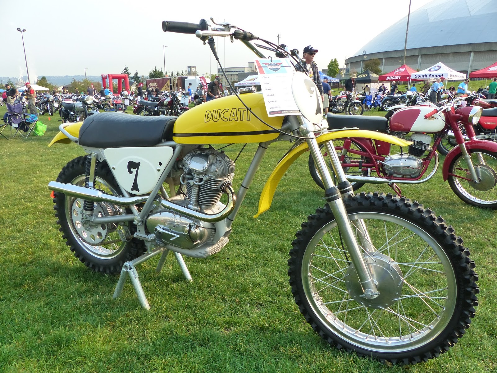 "oldmotodude: 1971 ducati 450 rt on display at ""the meet"" 2015"