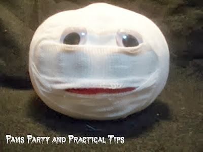 How to make a Mummy Pumpkin #pumpkin