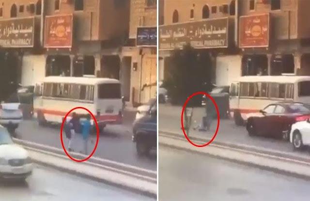 دهس طفل على طريق مدرسته بحي الندوة بالرياض.. فيديو