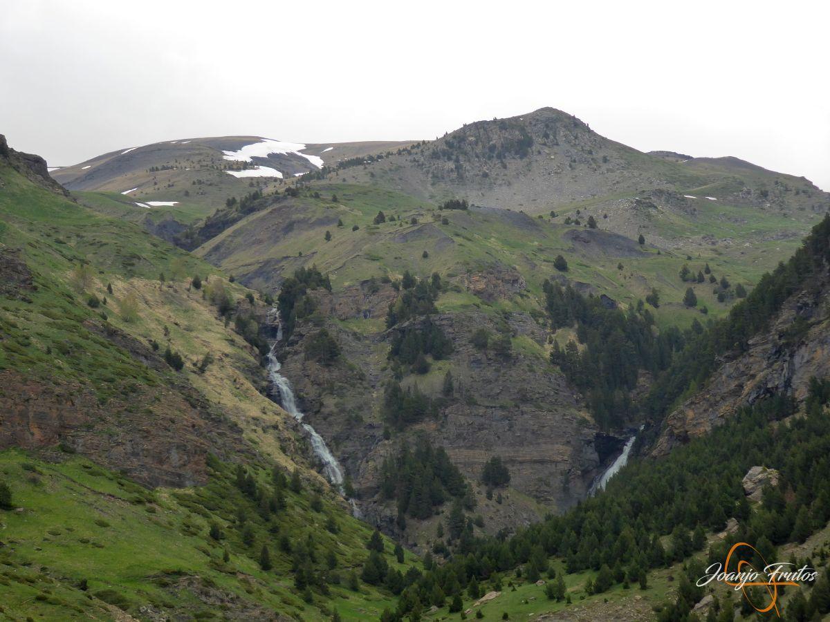P1140112 - Ruta Las Tres Cascadas de Cerler con mucha agua