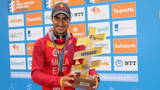 TRIATLÓN (Series Mundiales 2017) - Mario Mola se convierte en bicampeón del mundo