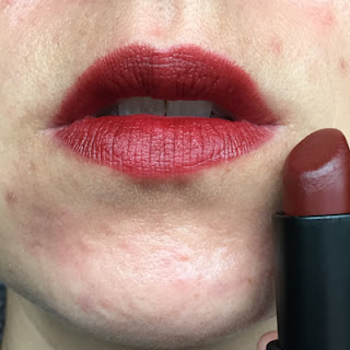 Nars – Fire Down Below Swatch // Crappy Candle
