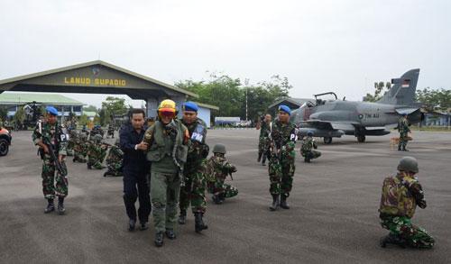 Latihan yang sangat penting bagi seluruh prajurit di jajaran Lanud Supadio, di antaranya personel dari Skadron Udara (Skadud) 1, Skadud 51, Batalyon Komando (Yonko) 465 Paskhas dan Detasemen Pertahanan Udara (Denhanud) 473 Paskhas.  Foto Kapentak