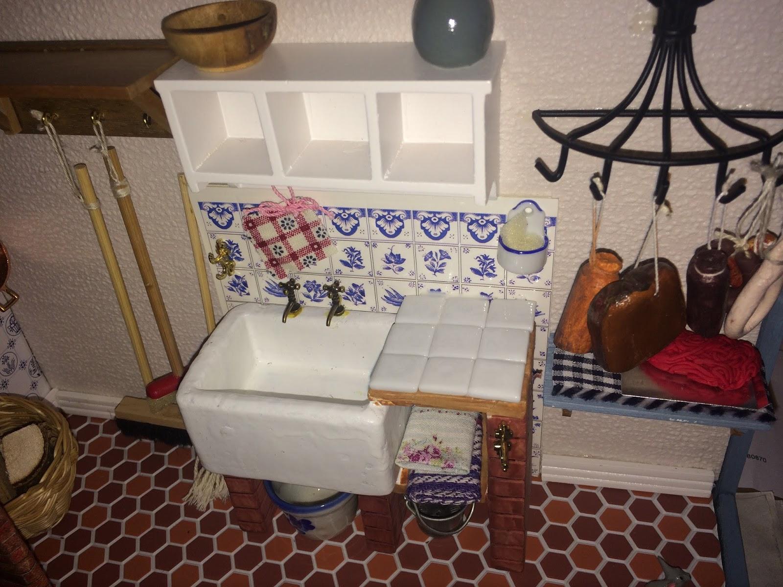 uschi 39 s klitzekleine puppenhauswelt august 2017. Black Bedroom Furniture Sets. Home Design Ideas