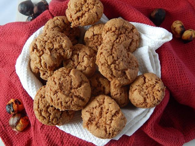 Biscotti farina di castagne e cacao amaro