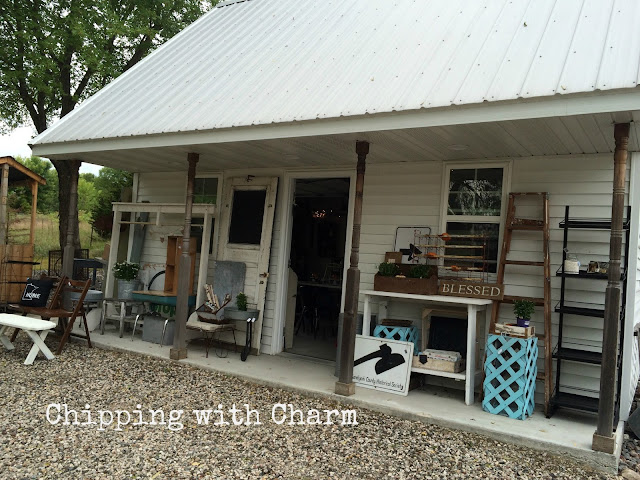 Chipping with Charm...Shed Sweet Shed Boutique...www.chippingwithcharm.blogspot.com