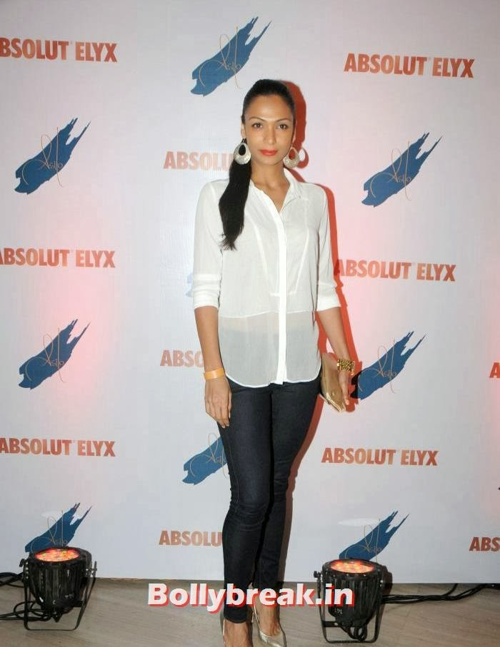 Shamita Singha, Suchitra Pillai Hosted Absolute Elyx Party
